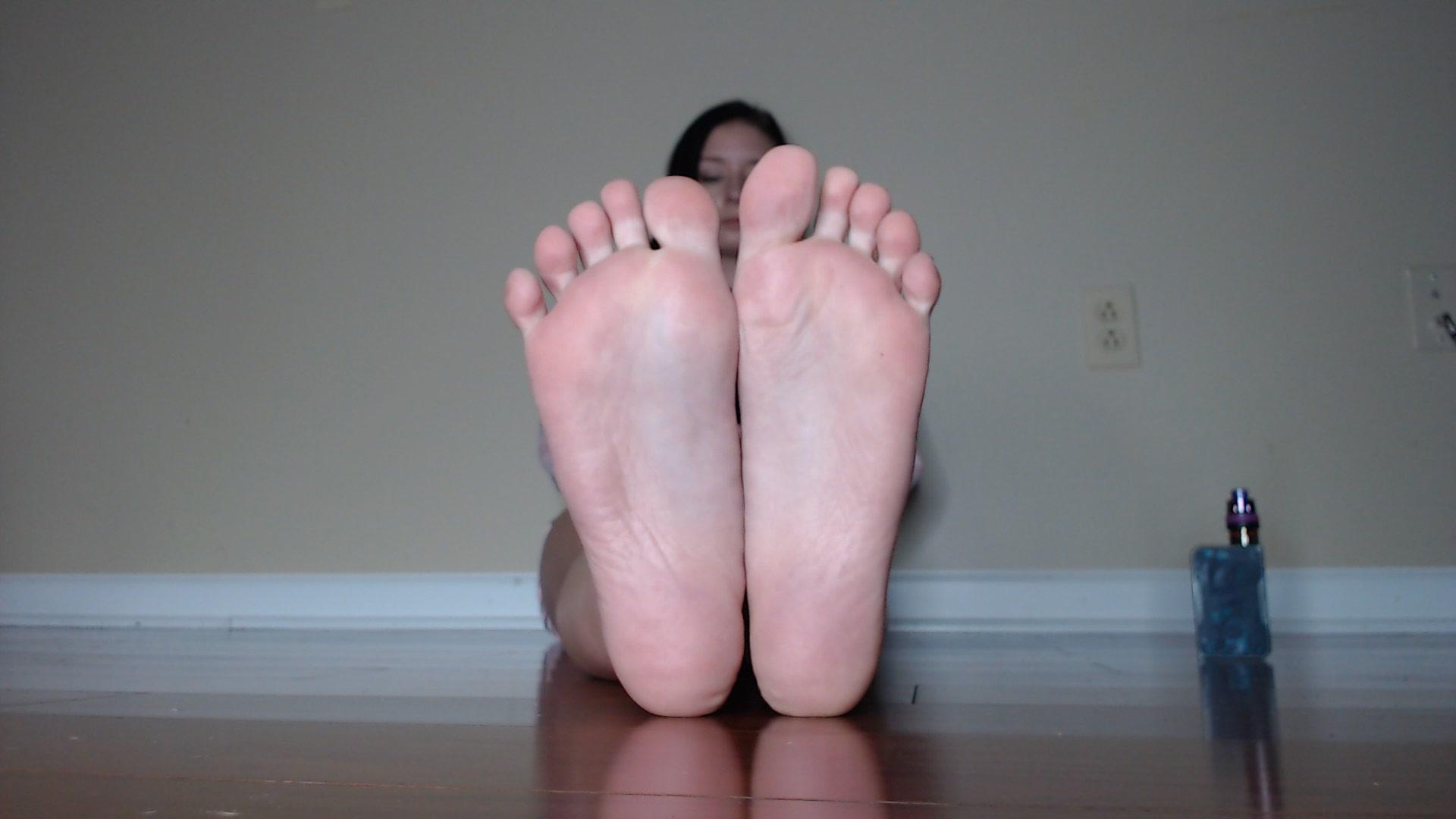 Sara lumholdt's feet wikifeet