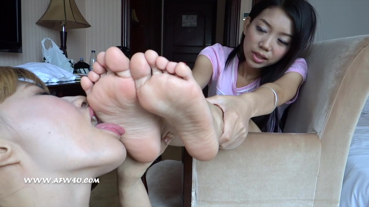 Asian Foot Worship Porn asian feet worship - 'gay asian feet' search - xnxx