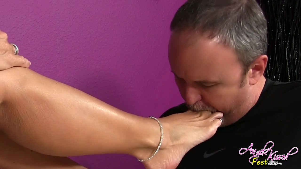 Lesbian Feet Worship Orgasm