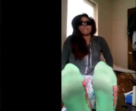 Megansox stinky socks and feet converse
