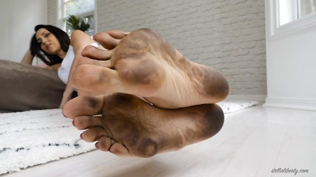 Japanese Student Feet Worship