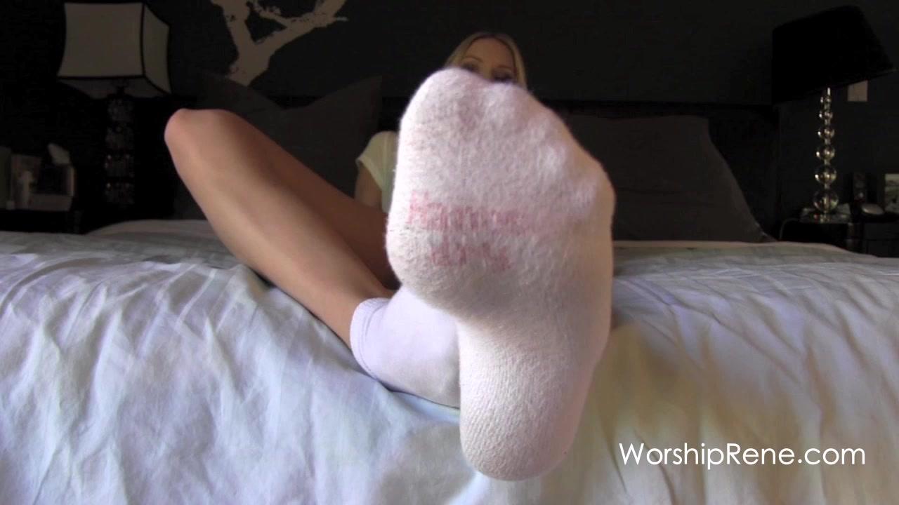 Sexy Lesbian Feet Sucking