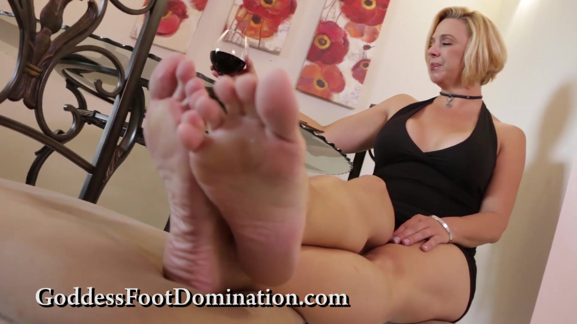 Sarah Jessie Foot Worship