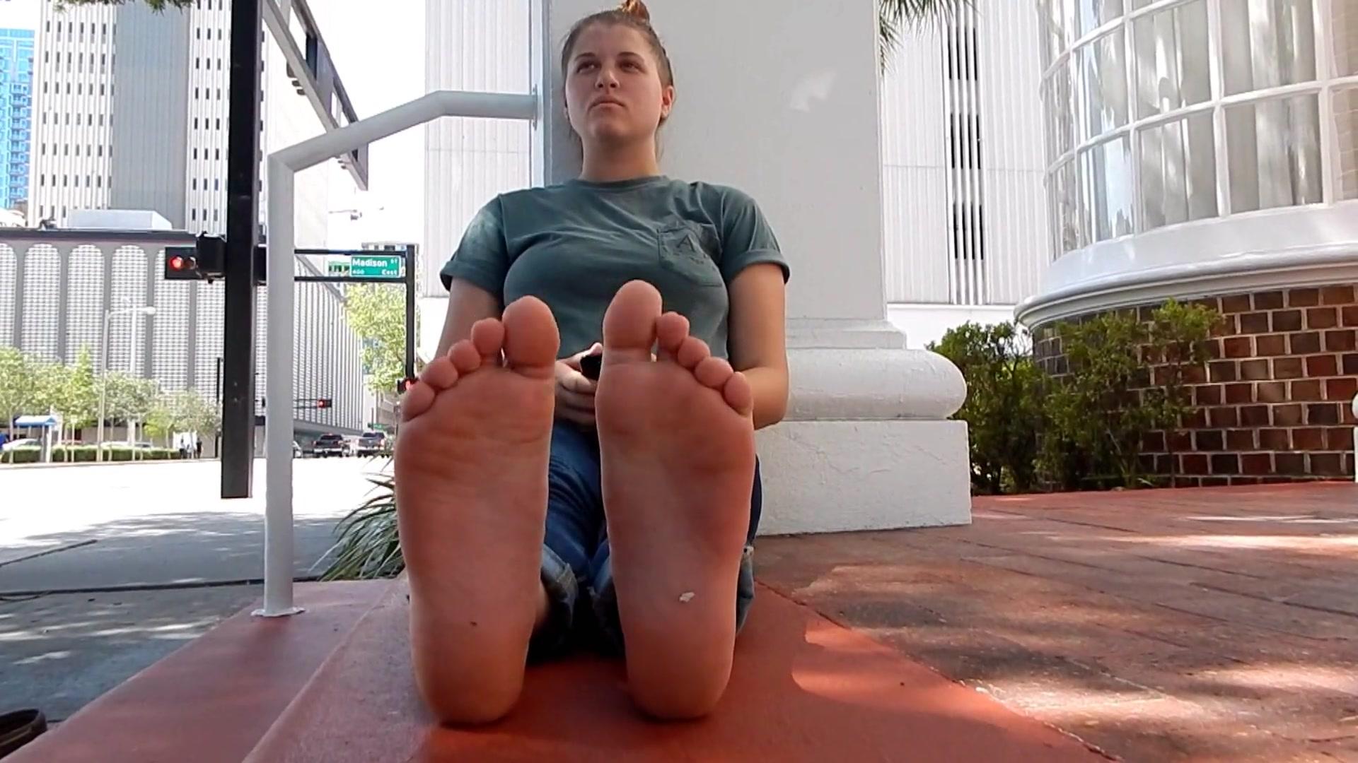 Soft Lesbian Feet Worship