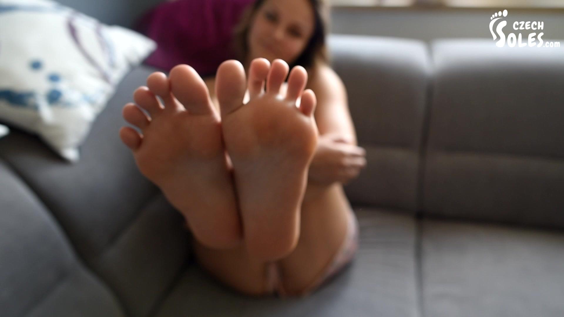 Lesbian Feet Tickle Worship