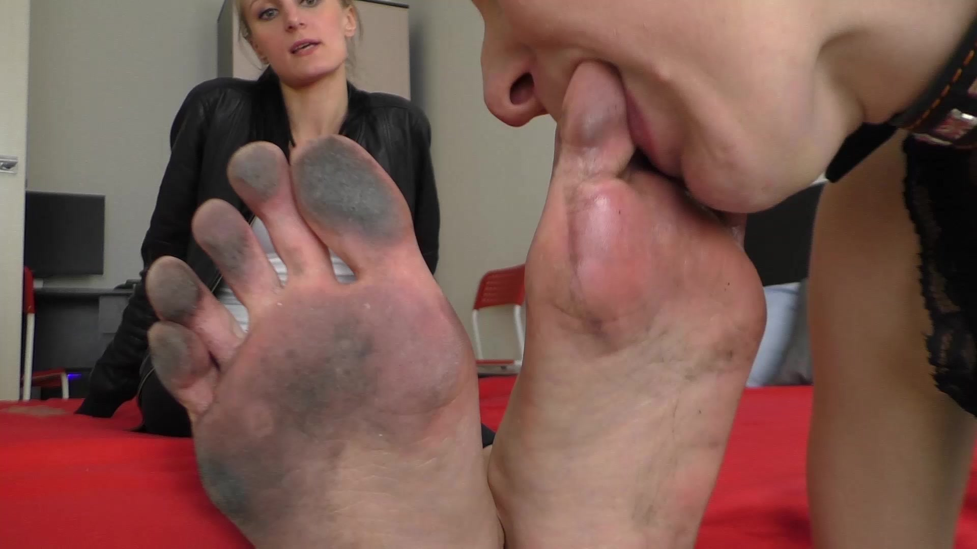 Sweaty Feet Worship Pov