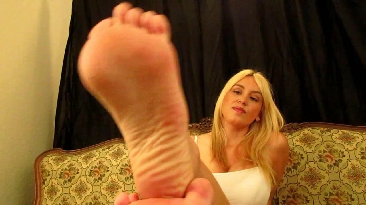 Lesbian Feet Worship Blonde